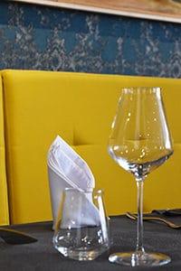 Détail dans la salle du restaurant du Café de l'Ardèche