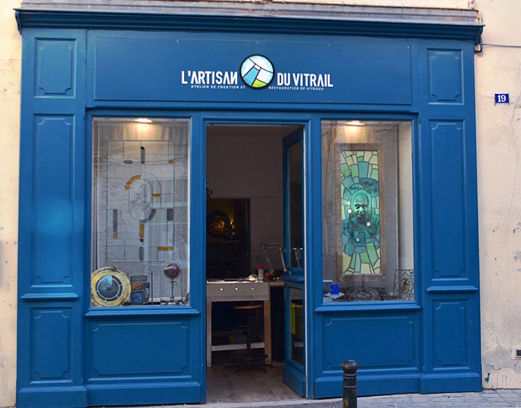 Devanture Artisan du Vitrail - La Montilienne